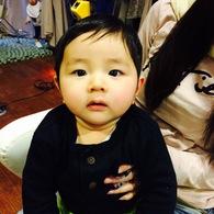 親子でお洒落にチョキチョキ☆エイト君(7ヶ月)