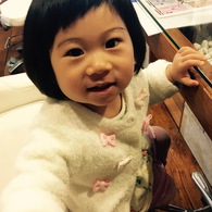 美容院大好き花楓ちゃん(2歳)